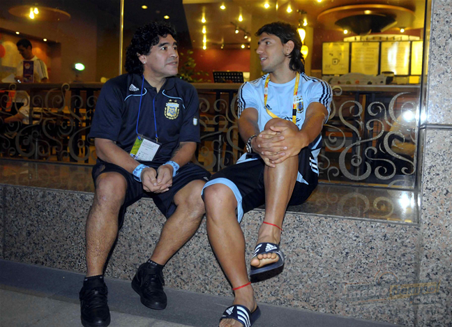Maradona is the granfather, Agüero the dad.